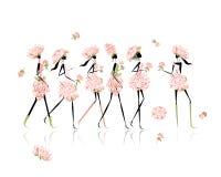 Las muchachas se vistieron en los trajes florales, partido de gallina para Fotografía de archivo