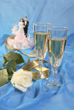 Las muñecas de la torta de boda, se levantaron Foto de archivo