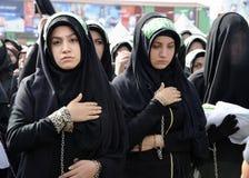 Las mujeres de Shia Muslim están de luto durante Ashura Imágenes de archivo libres de regalías