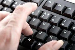 Las mujeres del finger hacen clic los números Fotografía de archivo