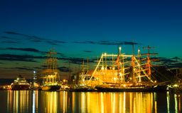 Las naves altas compiten con en puerto el 26 de julio de 2014 en Bergen, Noruega Fotografía de archivo libre de regalías