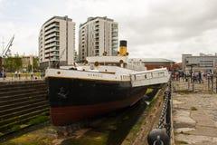 Las naves altas visitan julio de 2015 y los SS nómadas, oferta al titánico son una atracción añadida en el ` s de Belfast cuarto  Foto de archivo