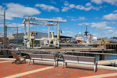 Las naves del guardacostas de Estados Unidos atracaron en el puerto de Boston, los E.E.U.U. Fotos de archivo libres de regalías