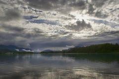 Las nubes en el faaker ven Fotos de archivo