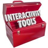 Las palabras interactivas de las herramientas en 3d ponen letras a la caja de herramientas que trabaja juntas Foto de archivo libre de regalías