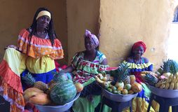 Las Palenqueras, de dames van de fruitmand Stock Fotografie