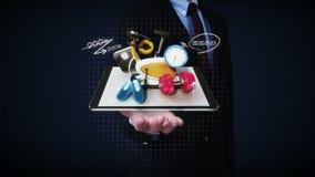 Las palmas abiertas del hombre de negocios, explican la diversa atención sanitaria, función de servicio de Internet de la aptitud almacen de video