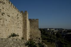 Las paredes de la ciudad vieja de Jerusalén, y la Tierra Santa Imagen de archivo
