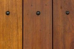 Las paredes de los paneles de madera marrones arreglaron fotografía de archivo libre de regalías
