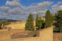 Las paredes fortificadas del moorish Gibralfaro se escudan, Málaga Fotografía de archivo