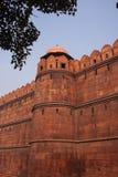 Las paredes rojas de Lal Quila, fuerte rojo en Delhi foto de archivo libre de regalías