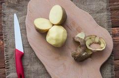 Las patatas crudas Foto de archivo libre de regalías