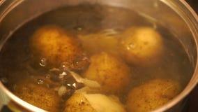 Las patatas de cocinar
