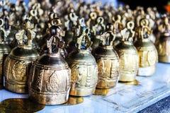 Las pequeñas campanas de la religión Fotos de archivo