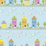 Las pequeñas casas multicoloras con las ventanas en un fondo azul de una calle con los árboles verdes forran las cajas de la flor libre illustration