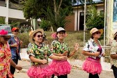 Las personas mayores tailandesas celebran el festival de Songkran o el Año Nuevo tailandés Foto de archivo libre de regalías