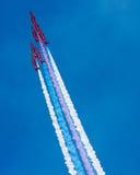 Las personas rojas de la visualización de la Royal Air Force de las flechas Fotografía de archivo libre de regalías