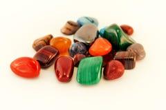 Las piedras preciosas semi/Crystal Stone Types/piedras curativas, piedras de la preocupación, piedras de la palma, reflexionan pi imagen de archivo
