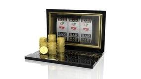 Las pilas de dólar de oro acuñan en el ordenador portátil con 777 ranuras en la pantalla Fotos de archivo