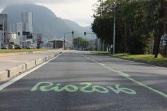 Las pistas exclusivas cambian el tráfico de vehículos de Río para Río 2016 Foto de archivo libre de regalías
