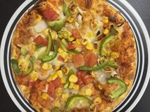Las pizzas italianas son siempre una gran invitación a tener fotografía de archivo libre de regalías