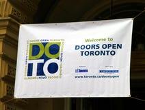 Las puertas abren la bandera de Toronto Imagenes de archivo