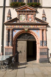 Las puertas ayuntamiento Naumburg en la plaza del mercado Imágenes de archivo libres de regalías