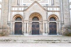 Las puertas de la sinagoga vieja Fotos de archivo libres de regalías