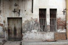 Las puertas y las ventanas alrededor de Kota Lama Old Town, Semarang, Ind Imágenes de archivo libres de regalías