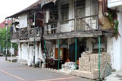 Las puertas y las ventanas alrededor de Kota Lama Old Town, Semarang, Ind Fotografía de archivo