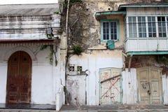 Las puertas y las ventanas alrededor de Kota Lama Old Town, Semarang, Ind Fotos de archivo