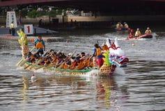 Las razas 2012 de barco de dragón en Kaohsiung imágenes de archivo libres de regalías