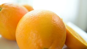 Las rebanadas anaranjadas parecen deliciosas Coma bien