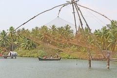 Las redes de pesca chinas Remansos de Kerala Imágenes de archivo libres de regalías