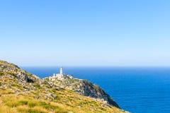 Las rocas cerca del faro en el cabo Formentor para la impresión Foto de archivo