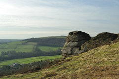 Las rocas en Froggatt afilan en Derbyshire Imágenes de archivo libres de regalías