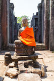 Las ruinas antiguas de un templo histórico del Khmer en el compl del templo Fotos de archivo