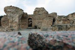 Las ruinas de baños romanos antiguos acercan a la ciudad de Cartago Túnez Imágenes de archivo libres de regalías