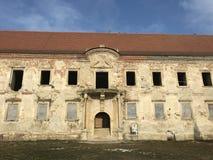 Las ruinas de Banffy se escudan en Bontida, país de Cluj Imagenes de archivo