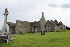 Las ruinas de Clonmacnoise en Irlanda Imagen de archivo