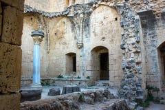Las ruinas de la abadía de Bellapais Fotos de archivo