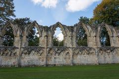 Las ruinas de la abadía del ` s de St Mary en York Imagen de archivo libre de regalías