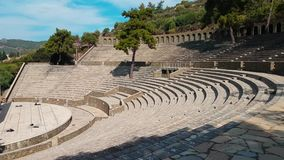Las ruinas de la ruina vieja de la ciudad del anfiteatro turco Atracción arqueológica Ciudad antigua Hierapolis cerca de Marmaris almacen de metraje de vídeo