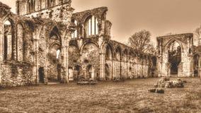 Las ruinas de la sepia cisterciense de HDR del monasterio de G de la abadía de Netley entonan Imagen de archivo