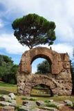 Las ruinas de Roma antigua Imágenes de archivo libres de regalías