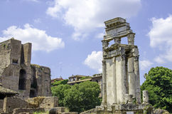 Las ruinas de Roman Forum. Foto de archivo