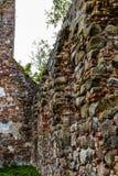 Las ruinas de una iglesia vieja Fotografía de archivo