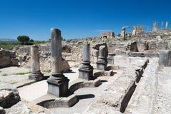 Las ruinas de Volubilis, la capital antigua de Mauritania, en Marruecos fotografía de archivo