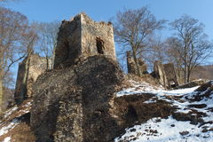 Las ruinas del castillo imagen de archivo