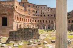 Las ruinas del foro romano Foto de archivo libre de regalías